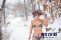信阳南湾,暴雪后的冬泳美女